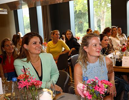 Corina Krawinkel und Alexa Kons beim Ladieslunch